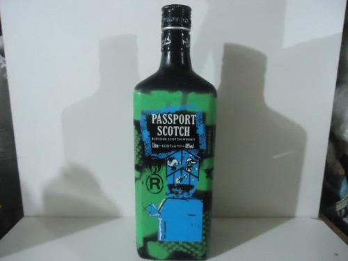 garrafa wisky passport scotch vazia 1000ml \orgulhodoml2