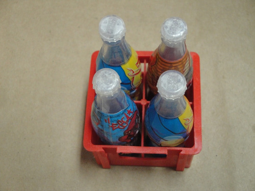 garrafas com miniatura