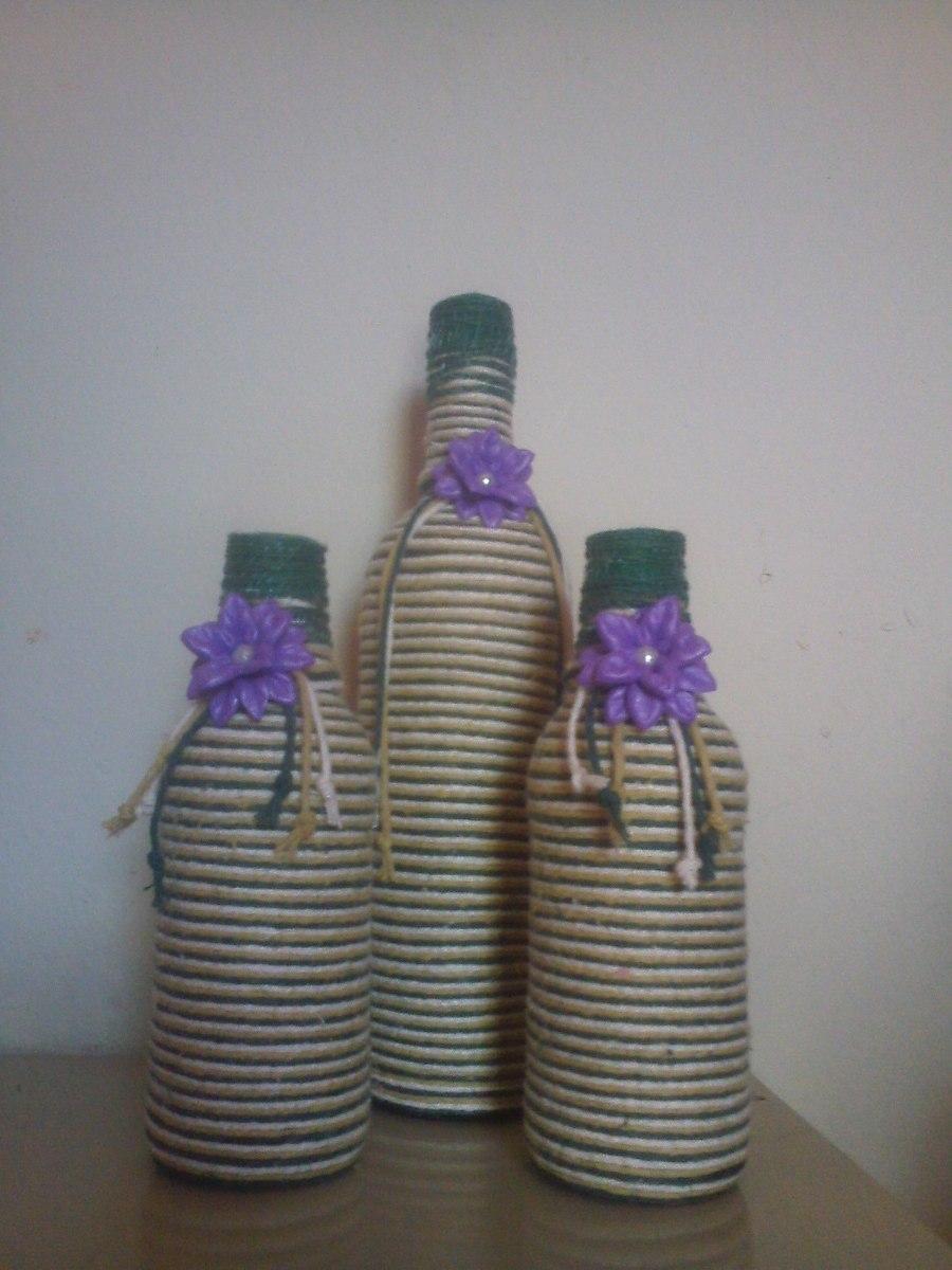 Garrafas Decoradas Com Barbante E Flores Em E v a R$ 30,00 em Mercado Livre -> Decoração Em Garrafas Com Barbante