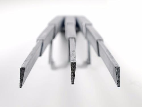 garras do wolverine  com sistema retractil + frete grátis