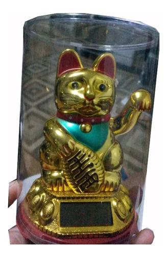 gato chino de la suerte