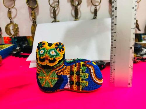 gato de arte huichol