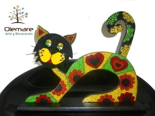 gatos decorativos engrinchados