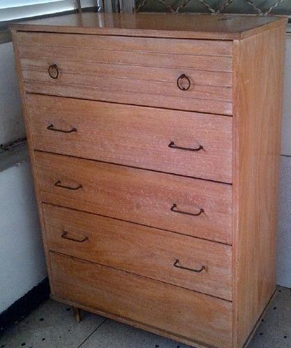 gavetero de madera