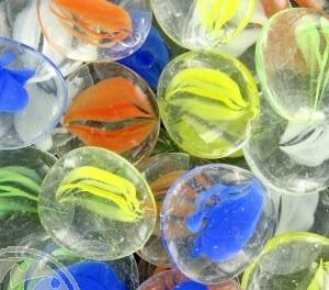 gemas de vidrio grande