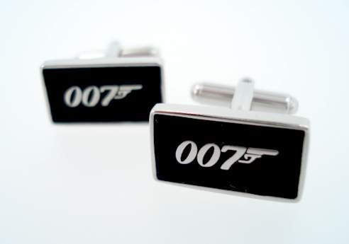 gemelos  007 james bond