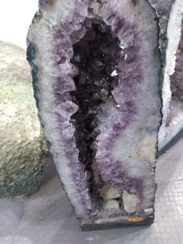 geoda amatista gigante, 1 pieza 30 kilos de peso