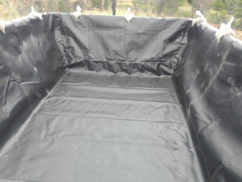 geomembrana hdpe negra y blanca, diferentes espesores