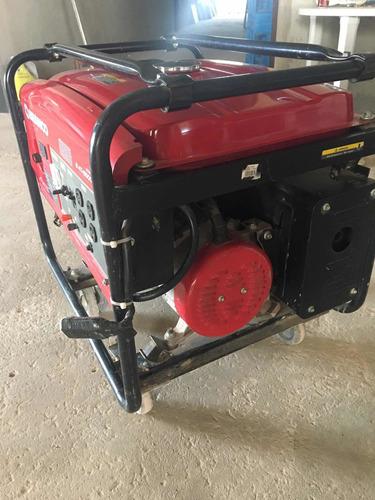 gerador branco b4t-6500l 4 tempos super novo, pouco ia