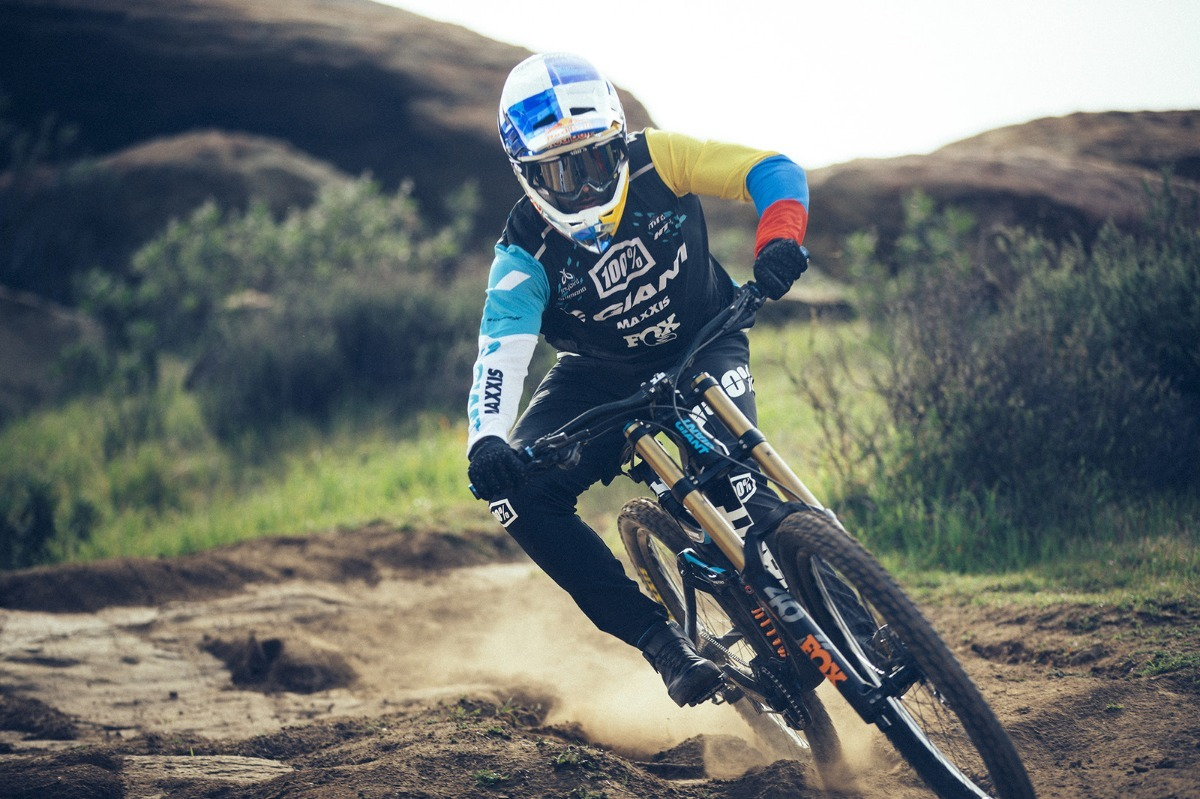 177bf100fb0 Giant Glory Advanced 1 Off-road Dh Descenso 2019 - $ 558.500,00 en ...