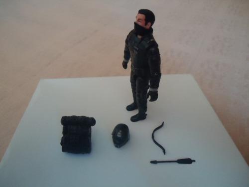 gijoe 2005 crimson shadow guard v8 weapon set three