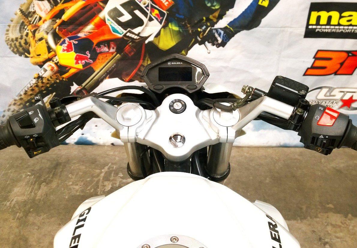 Gilera Vc 200r Naked Modelo Nuevo Pista Dompa Motos - $ 51
