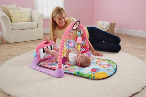 gimnasio piano tapete alfombra  rosado y azul luz y musica