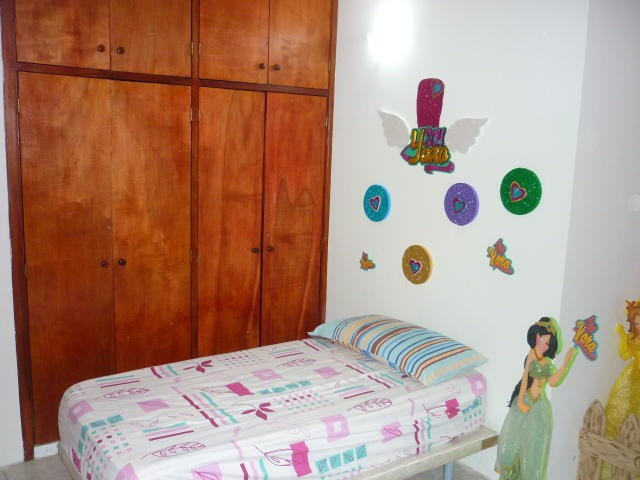 gina briceño vende apartamento en higuerote - 18-7178 .