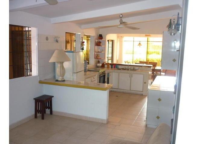gina briceño vende apartamento en los apamates - 18-7164 .