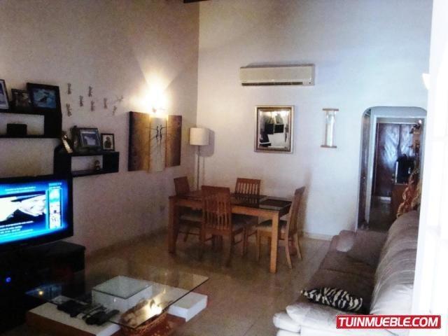 gina briceño vende casa en castillejo  19-16699