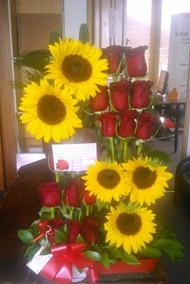 Rosas Y Girasoles Ramo De Flores Lá Florería A Domicilio
