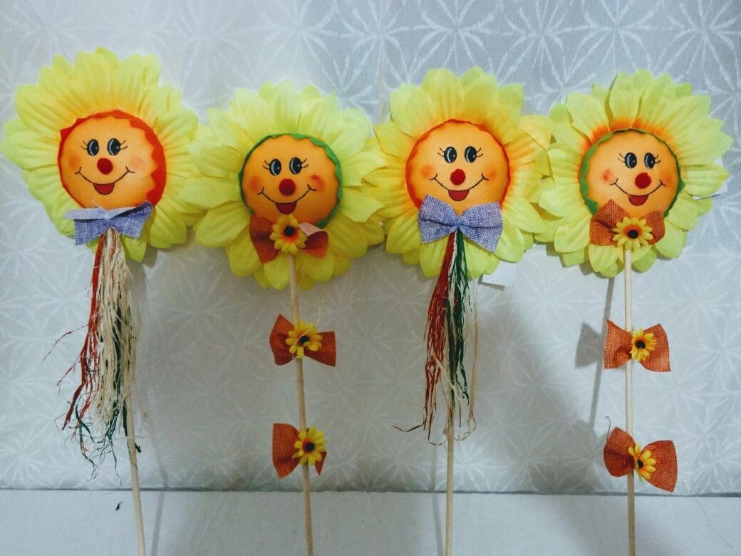 Girassol Para Decoraç u00e3o Festa Junina Kit 8 Unidades R$ 110,00 em Mercado Livre -> Decoração De Festa Junina Para Escola