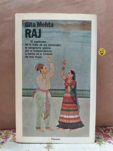 gita mehta. raj. india mujer independencia
