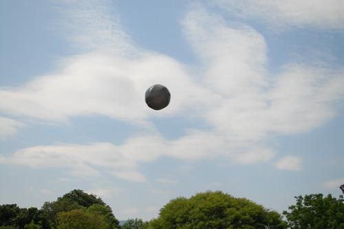globo aerostático solar 2.2 mts. para fiestas y eventos.