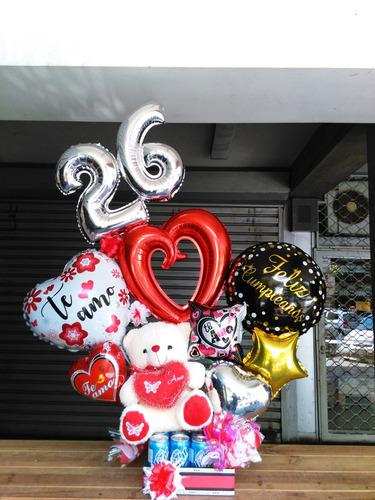 globos con globos