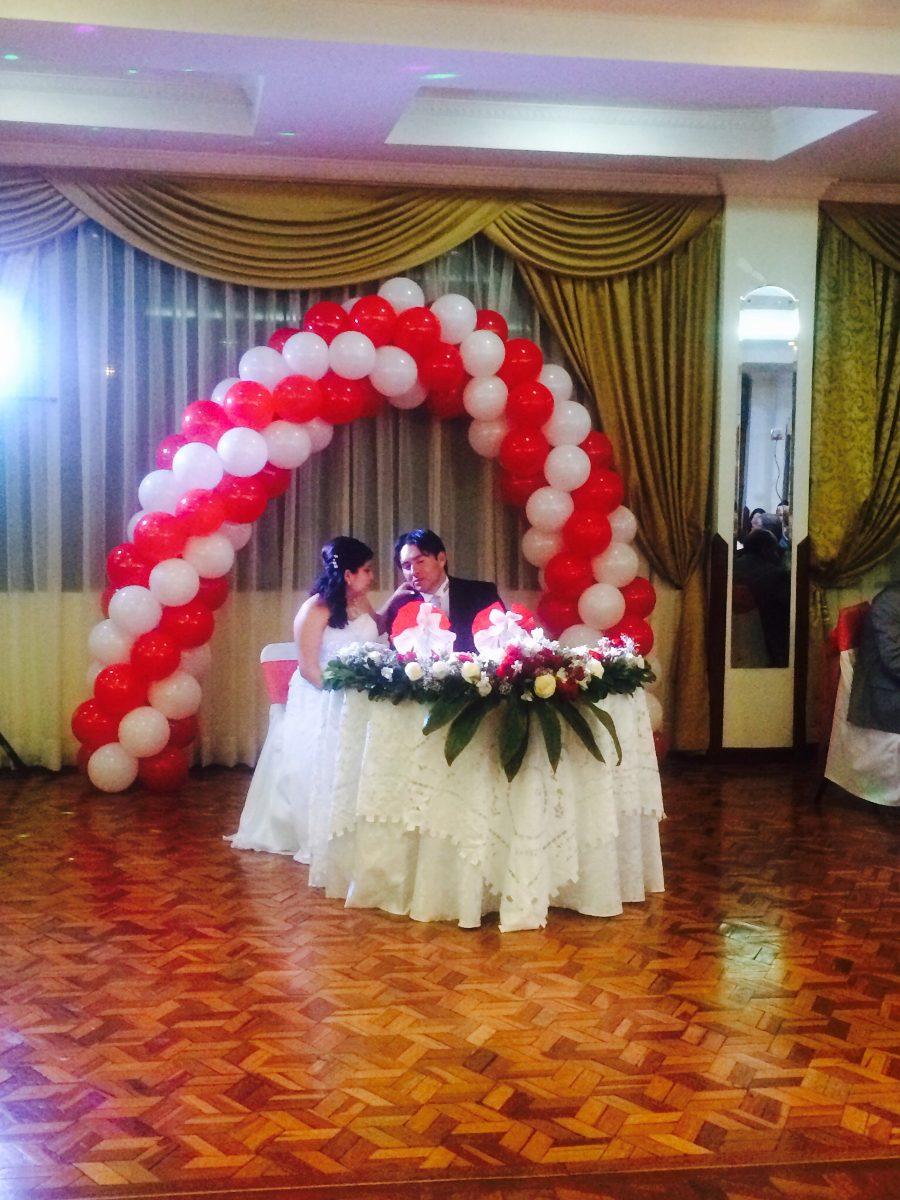 Globos con helio baratos a domicilio 0999666224 2454542 for Donde comprar globos