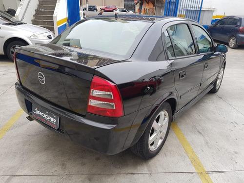 gm astra 2005 sed 2.0 elite aut. 2005