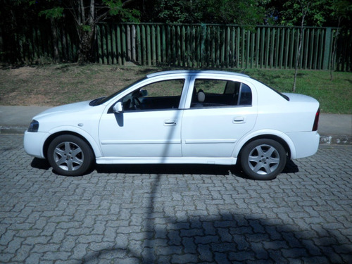 gm astra sedan 1.8 álcool 2003/2004 - revisado - doc ok !