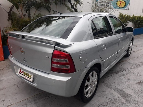 gm - chevrolet astra 2010 top