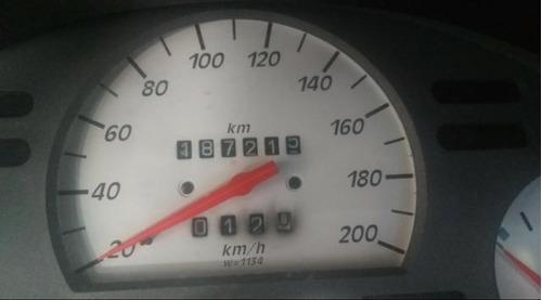 gm - chevrolet corsa 2002 sedan millenium - 2002