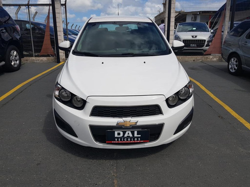 gm - chevrolet sonic hb lt 1.6  flexpower aut. 2014