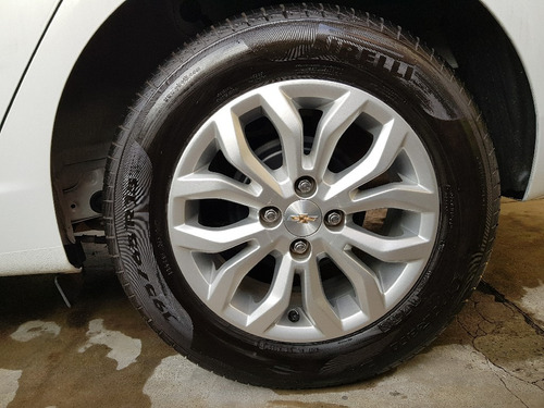 gm cobalt 1.8 elite 2017 pneus novos garantia até dezembro