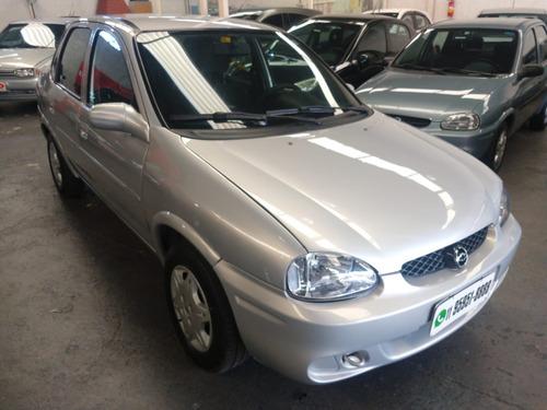 gm corsa sedan milenium 1.0 8v 2002 /02 prata direção hidráu