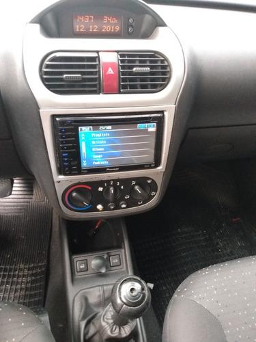 gm-corsa sedan premium 1.4 2008 compl.