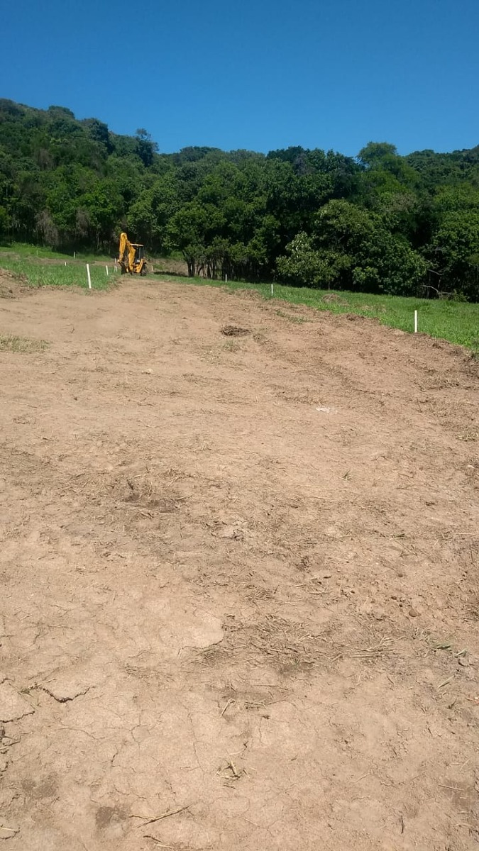 g.m - terrenos em ibiúna , em ótimas condições