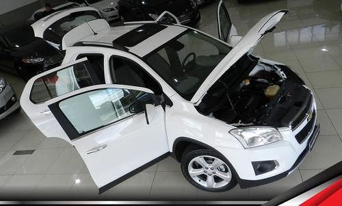 gm tracker ltz top com teto e pacote de airbags