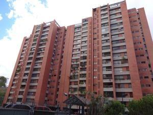 gm venta de apartamento en prados del este / 19-7217