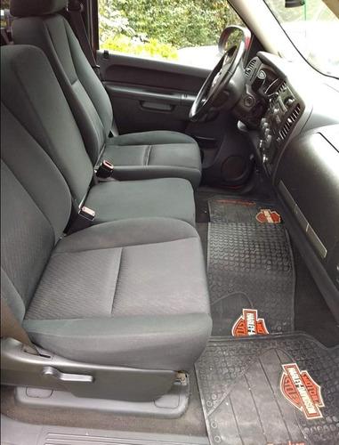 gmc sierra 5.3 cabina regular sle 4x4 mt 2013
