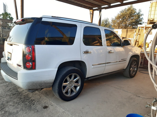 gmc yukon 5.3 b 320 hp at 2009