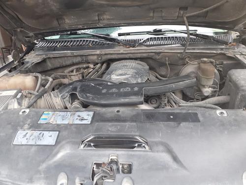 gmc yukon , motor vortex 5.1 2002 negra 5 puertas