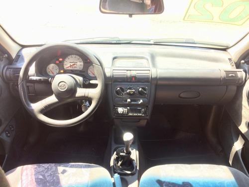 gm/chevrolet corsa sedan millenium 2002