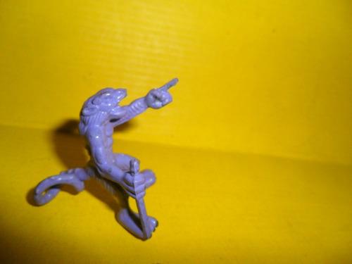 goku muñequito mosntruo dragon ball juguete muñeco miniatura