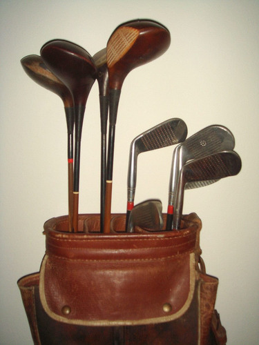 golf palos de golf y bolsa antiguos
