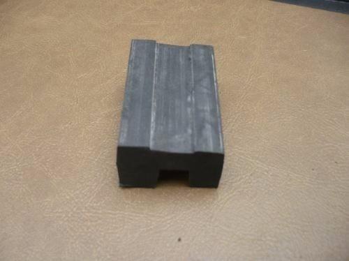 goma buje soporte de radiador de ford falcon 82/91 nuevos!!!