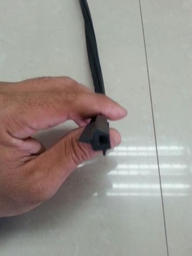 goma del vidrio delantero toyota corolla sapito 99-2002