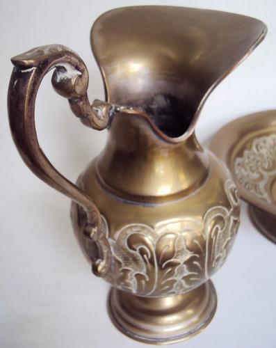 gomil jarro com bacia antigo latão decorado folhas de acanto