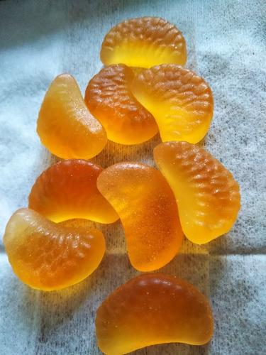 gomita con jugo de naranja sakuma pon juice dulce japones