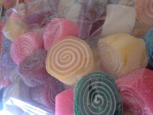 gomitas de azucar rollo o gajo 100%  frescas x kilo, factura