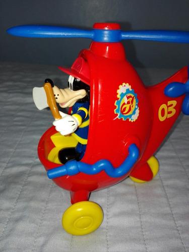 goofy con helicóptero