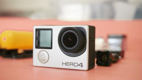 gopro hero 4 black +cartão 16gb +frete grátis a vista 950,00